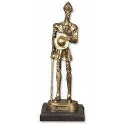 Trofeo resina QUIJOTE con peana (24 cm)